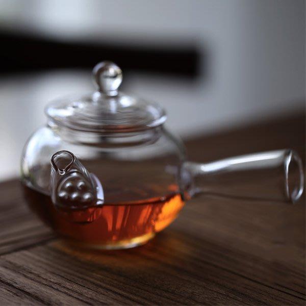 5Cgo【茗道】含稅會員有優惠   522730667216 耐熱玻璃煮茶壺透明耐高溫日式煮茶器茶壺側把壺茶道功夫茶具