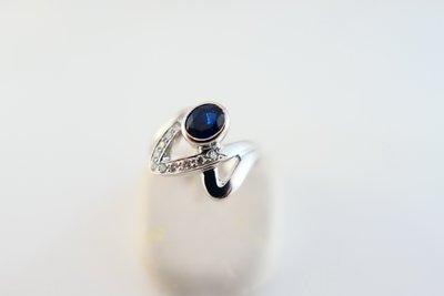 [吉宏精品交流中心]1.10克拉 天然藍寶石 天然鑽石 白K金 造型 戒指