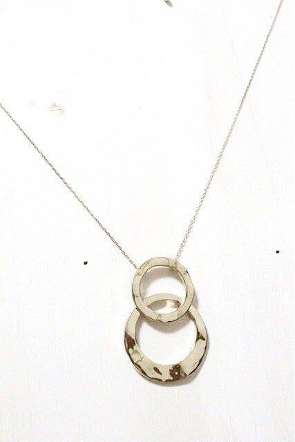 天使熊小鋪~日本帶回手製銀項鍊 可搭洋裝 襯杉 日本製圓心項鍊~原價2500