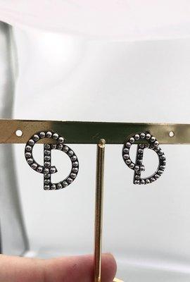 🎉新品抵台🎁 全新真品 Dior CD 錯位古銀色耳環