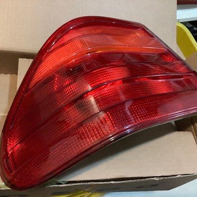 Benz 賓士 W210 E class 前期 左 副廠尾燈 煞車燈 方向燈