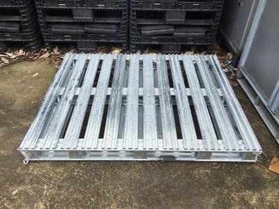 二手 鐵棧板 鍍鋅鐵 木棧板 塑膠棧板 可參考