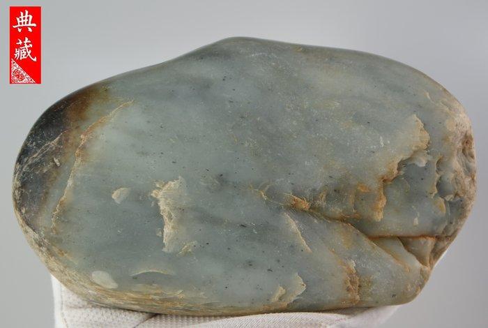{典藏}正宗新疆和闐玉籽料~青花~原石(2316.7公克)~(驚喜價)