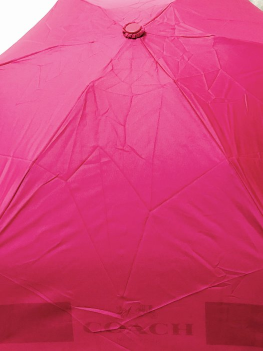 天使熊小鋪~美國COACH 桃紅色晴雨傘 時尚抗UV傘 附收納袋 限定版~全新現貨1個親骨95公分