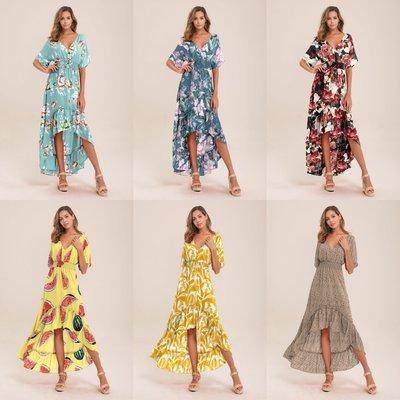 蘇蘇家Hot-selling dresses with irregular necklines and halter