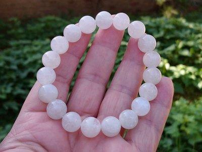 簡單Simple。現貨。10141號天然斯里蘭卡藍月光手鍊月光石手串水晶 奶油體手珠。10MM