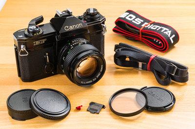 二手新中古:經典CANON EF+CANON NFD 50mm F1.4 大光圈 輕巧文青相機135底片機   經典 C