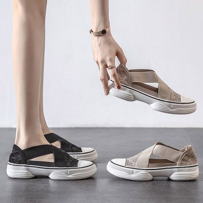 Fashion*懶人鞋~蕾絲鏤空厚底涼鞋 網面透氣洞洞鞋 松糕底漁夫鞋/跟高3CM 35-39碼『黑色 杏色』