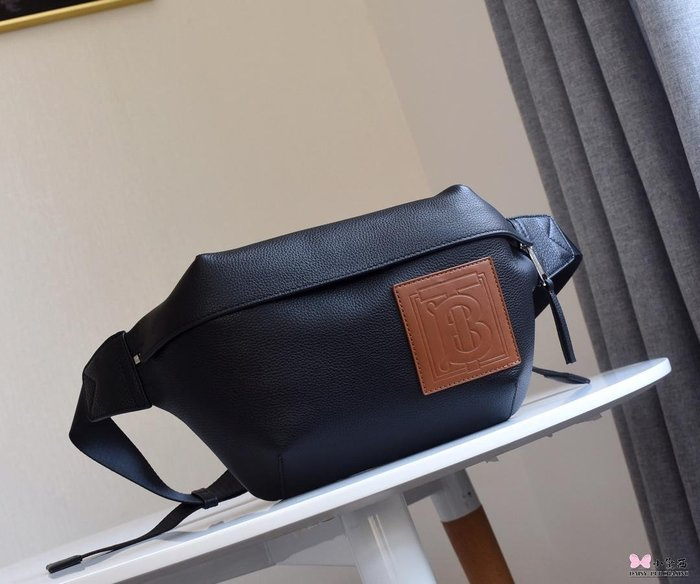 【小黛西歐美代購】Burberry 巴寶莉 2019款 男款牛皮腰包 歐美時尚 美國outlet代購