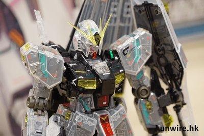 機動戰士高達 Nu Gundam Dock at HK Bandai 全新未砌彩透限定特別版 MG 1/100 RX 93 RX93 高達模型