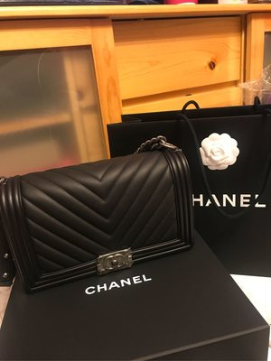 2018最新款Chanel Boy Bag 28cm,一袋難求