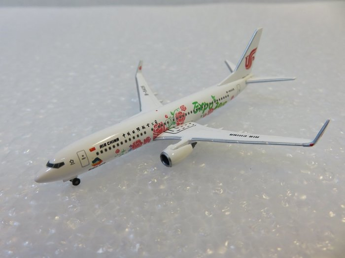 宗鑫貿易 1/500 Herpa Wings HW533294 Boeing 737 800