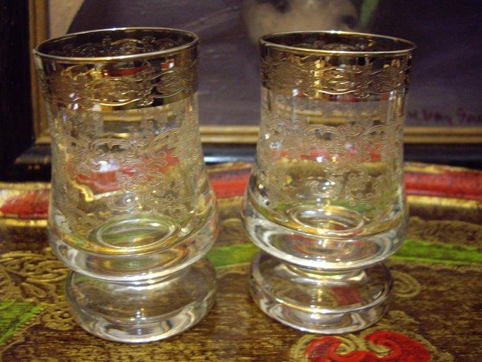 歐洲古物時尚雜貨 水晶杯 浮雕花紋 擺飾品 古董收藏  1組 2件