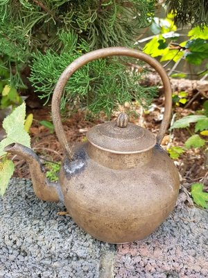 彰化二手貨中心(原線東路二手貨) ----- 早期日本手工老鐵壺  鐵茶壺