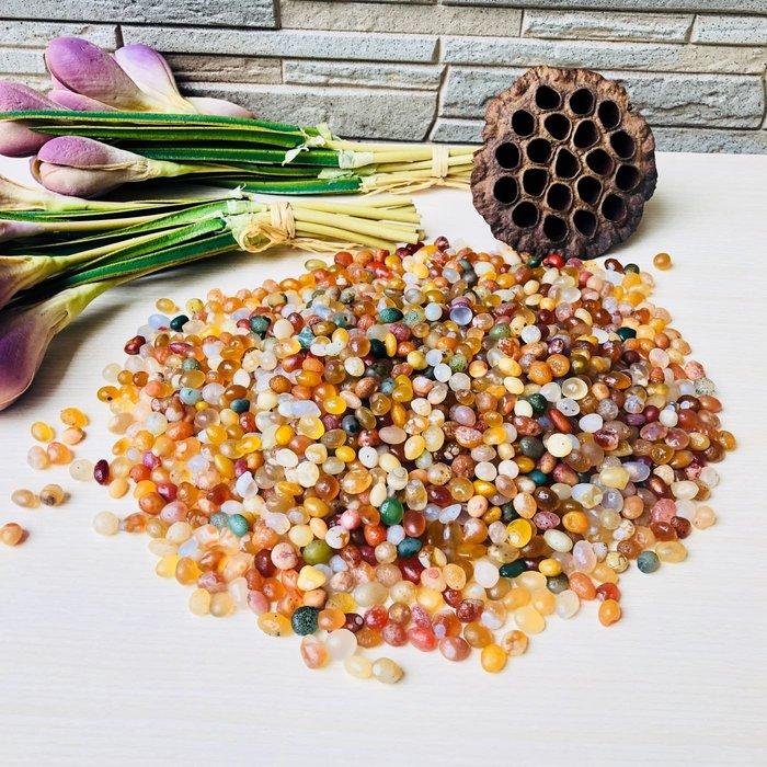 [馬克與安]戈壁花眼多彩瑪瑙原石(未打孔)-奇石宴配菜⭐️ㄧ組:960g ⭐️6-8mm徧橢圓珠