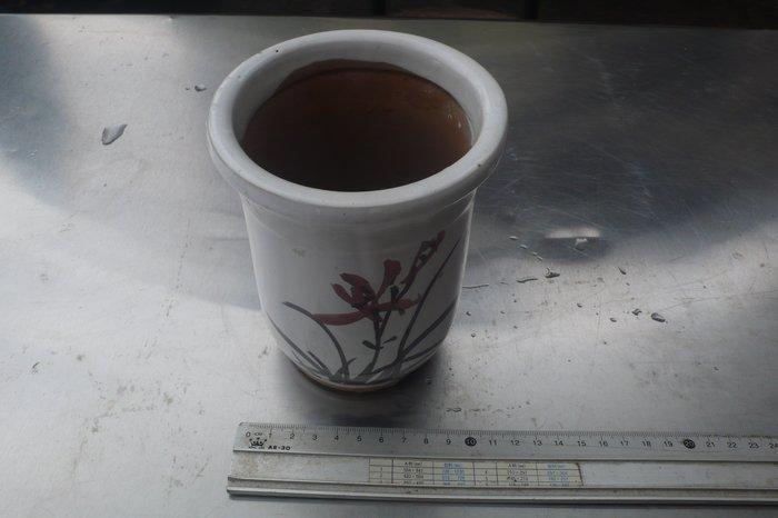 紫色小館-87---------早期手繪花盆