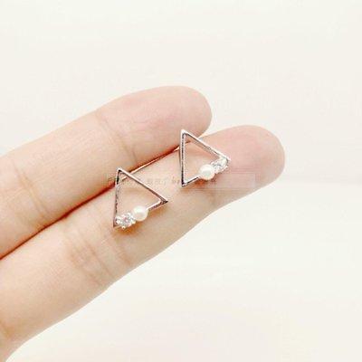 香港正生銀飾~鏤空三角鋯石珍珠耳環 氣質耳針 正生耳針