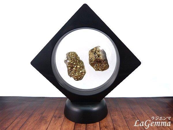 【寶峻晶石】新品~最新穎的時尚居家裝飾,【漂浮寶石相框】金色星彩晶簇 FF-17 晶品展示架~方形內圓黑色相框可打開更換