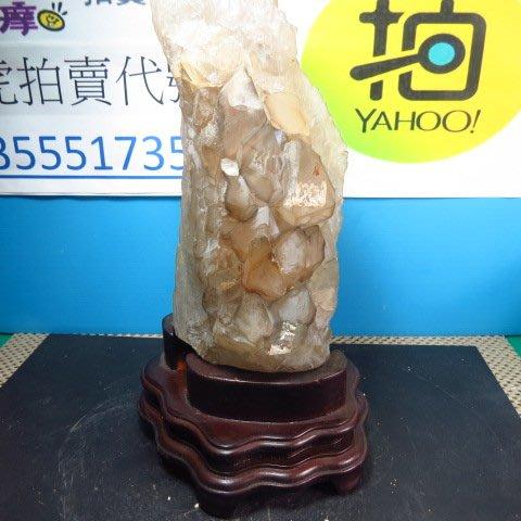 【競標網】巴西純天然鱷魚骨幹水晶原礦3.05公斤(贈台製木座)(網路特價品、原價5500元)限量一件