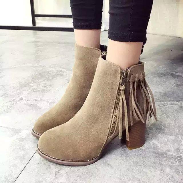GOGO SHOP☆╭♥GT0026♥圓頭短筒套腳粗跟女靴 歐美流蘇短靴 羅馬靴切爾西靴