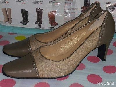 ☆甜甜妞妞小舖 ☆ 品牌 GEORGE 甜美淑女鞋--高跟小方頭包鞋
