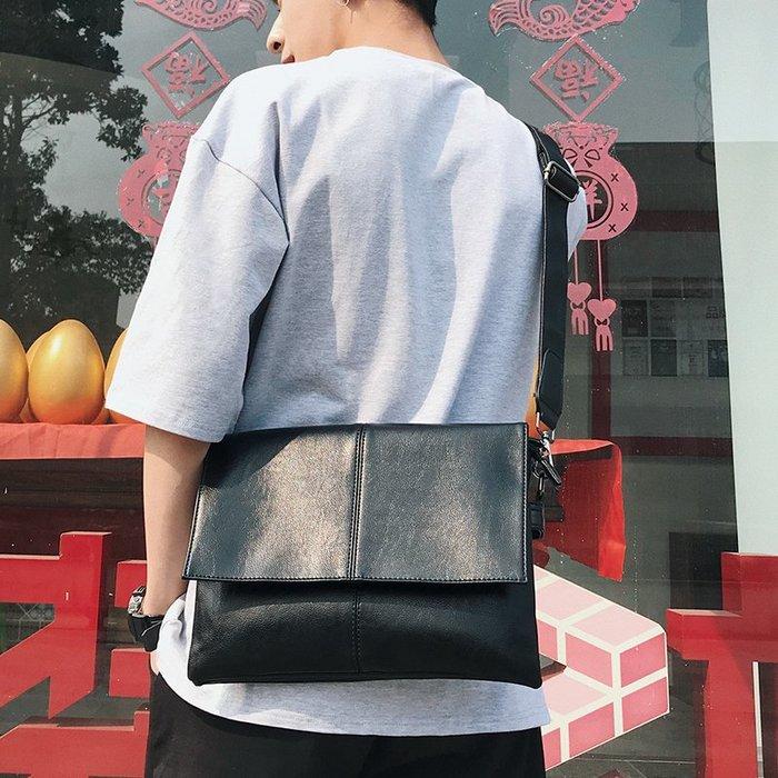 原創側背包男士小皮包 ipad小背包潮休閑男包軟皮小包時尚斜背包 11NLD9