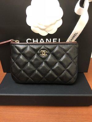 全新現貨 Chanel 黑色荔枝皮金釦一字拉鍊零錢包 萬用包
