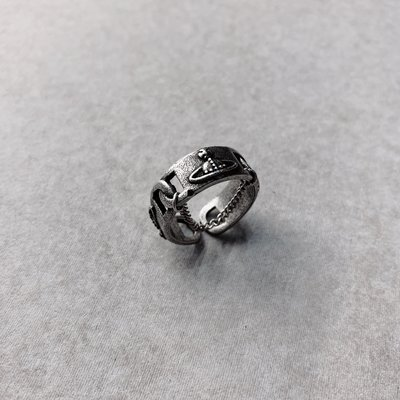 【inSAne】訂製款 / 土星 / 鏈條 / 戒指 / 飾品 / 單一尺寸 / US8