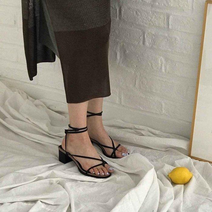 【Kstyle】預購--交叉鞋帶夾腳繞踝綁帶涼鞋--MILLE--正韓進口