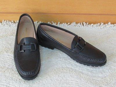全新免運義大利製【Salvatore Ferragamo】柔軟真皮膠底SF馬蹄logo #5.5B/22.5腳黑色休閒鞋