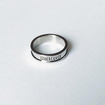 戒指 UCCOVER 17SS日潮原宿風光面銀色簡約字母食指環男女戒指尾戒飾品 時尚搬運工