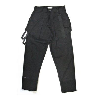 【 PUNX 】PUNX 18FW BLACK SPLICE PANTS/BREECHES 異材質剪裁拼接條狀長褲/馬褲