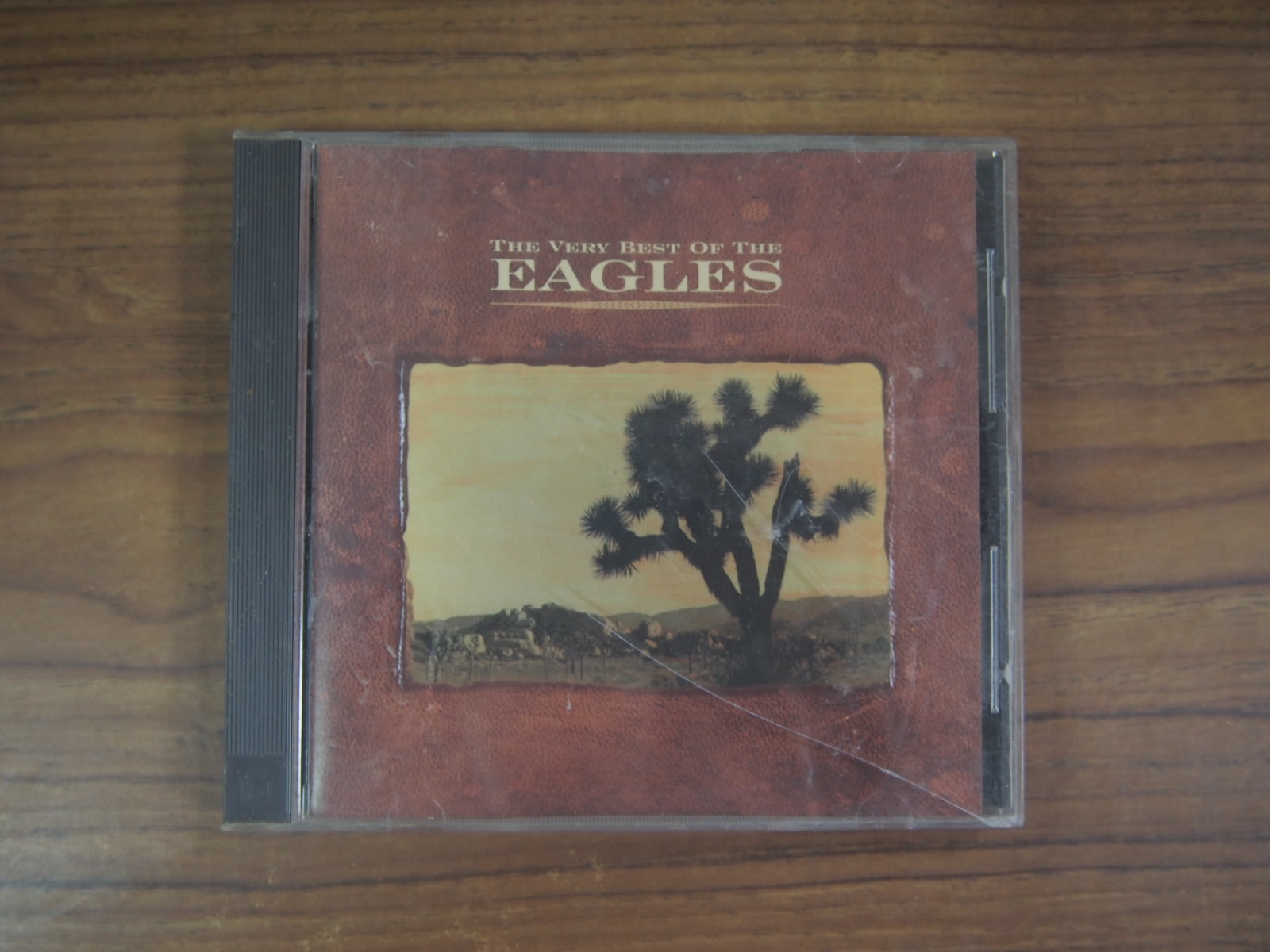 ◎MWM◎【二手CD】The Very Best Of The Eagles 台版,曲目本