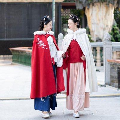 漢服女裝配飾菊梅刺繡加厚雙面呢子紅白兩色長斗蓬外套保暖洋裝
