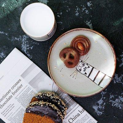 千禧禧居~原來是泥|復古粗陶貓咪餐盤子日式陶瓷餐具創意牛排盤早餐盤茶杯