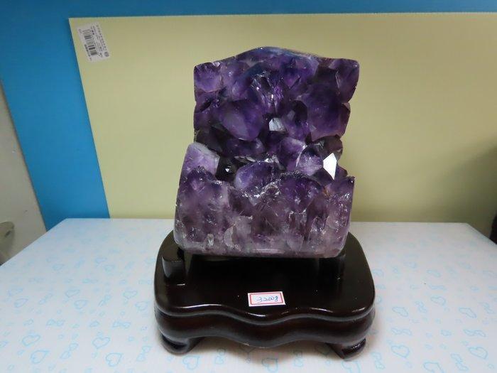 【競標網】巴西純天然漂亮3A紫晶晶鎮3200公克(贈座)(網路特價品、原價4500元)限量一件