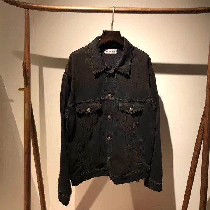 Balenciaga黑色牛仔外套,size. 34 預購 我愛麋鹿 歐美精品代購 保證真品