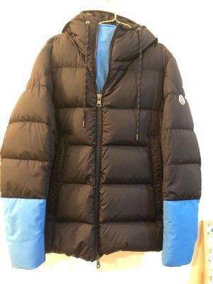 Moncler 羽絨外套 滑雪系列(全新商品)(黑色拼接天空藍)