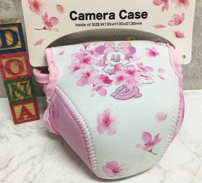 【Dona日貨】日本迪士尼store限定 米老鼠米妮 櫻花系列粉色 相機包/收納包 B34