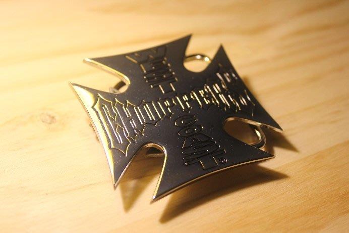 (I LOVE樂多)美國進口 WEST COAST CHOPPERS 電鍍鐵造壓印LOGO皮帶頭 W.C.C