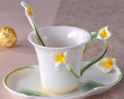 5Cgo【鴿樓】10448171136 琺琅瓷 時尚 咖啡杯 套裝 歐式杯碟 送禮佳品 瓷細花柔