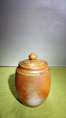 (店舖不續租清倉大拍賣)簡銘炤先生--柴燒茶倉,原價8800元特賣價4500元