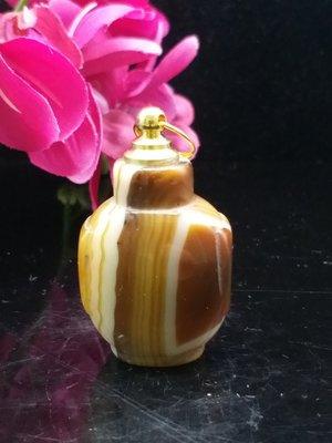 鼻煙壺  蠶絲瑪瑙素面隨行  影子 鼻煙壺 +新式黃銅蓋 100%密合可放精油  可加項鍊配戴 R0302