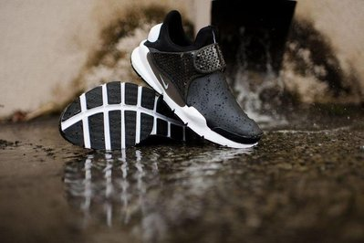 花田 NIKE SOCK DART SE 皮革 襪套 防水 機能布 黑白 男鞋 911404-001-400 另有深藍