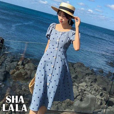 SHA LA LA 莎菈菈 韓版法式復古赫本風方領波點收腰泡泡袖連衣裙洋裝(S~XL)2019032202預購款