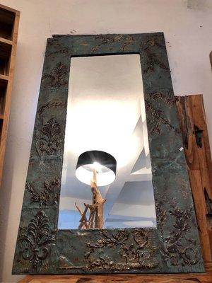 Colonial Pressed Metal Mirror-鐵製立鏡 長鏡