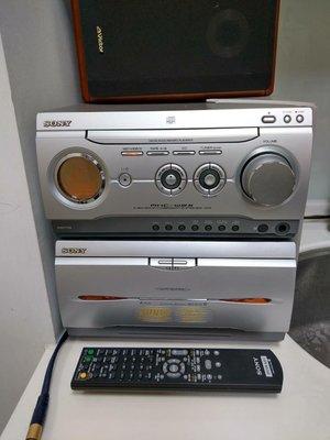 SONY. MHC-W25床頭音響組  有CD播放  雙卡錄音座收音機   AUX功能  不含喇叭