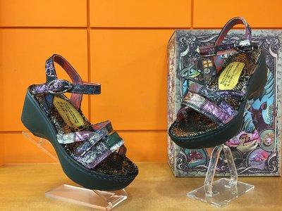 【阿典鞋店】**Macanna**麥坎納專櫃~銀樺系列~手作山羊皮+牛皮~混色氣墊厚底涼鞋105570