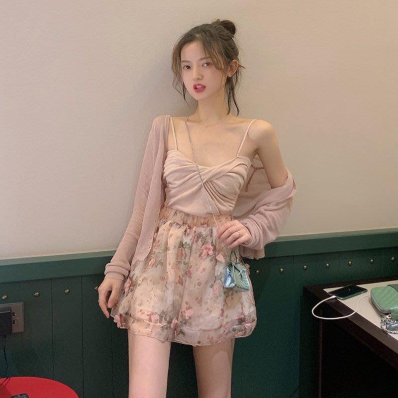 夏裝2020新款套裝氣質針織吊帶背心+薄款開衫外套+雪紡碎花半身裙