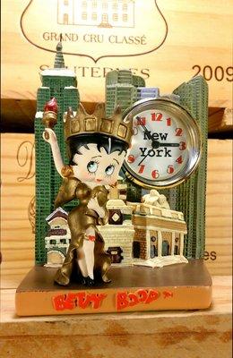 Betty Boop/貝蒂娃娃自由女神造型時鐘:貝蒂娃娃 卡通 懷舊 裝飾 設計 收藏 公仔 玩偶 居家 家飾 禮品